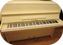 Фортепиано - окрашены в белый цвет. Купить пианино белого цвета