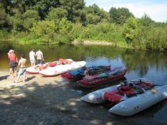 The rest organization in canoes, kayaks and catamarans